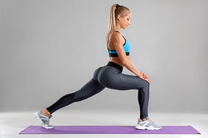 lunge exercise for thigh