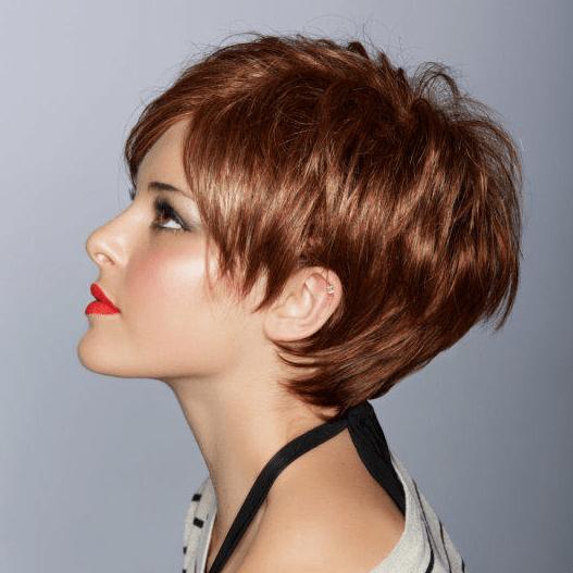 Vrouw kort rood - Modellenboek Body & Hair Shop