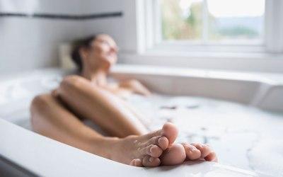 RECIPE: Biohacker Bath, the Secret Weapon for Weight Loss