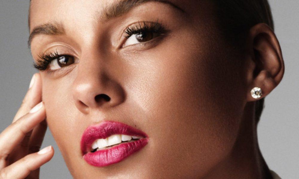 Alicia Keys S Body Measurements Height Weight Age
