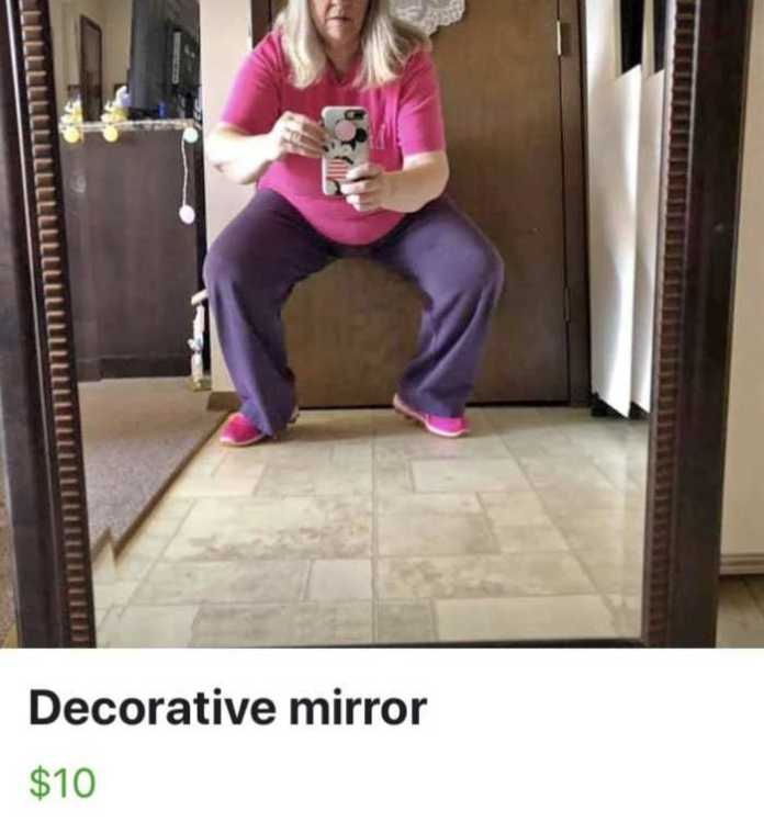 people selling mirrors