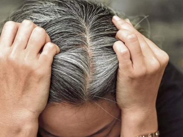 9 easy ways to cover gray hair naturally at home