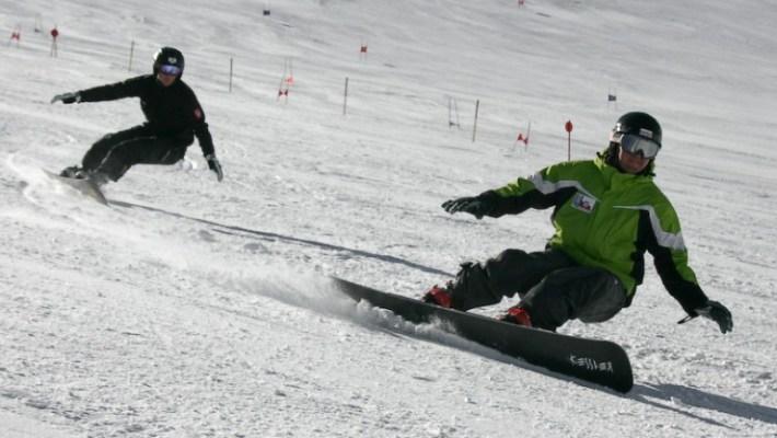 Podstawy jazdy na desce snowboardowej
