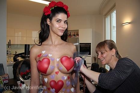 Bodypainting Micaela Schäfer Valentinstag