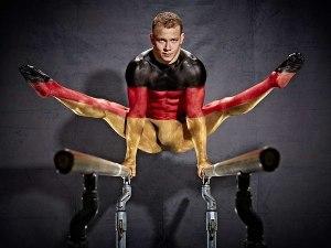 Bodypainting mit Fabian Hambüchen