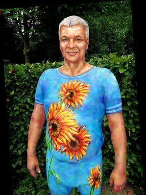 living art bodypainting Sonnenblumen