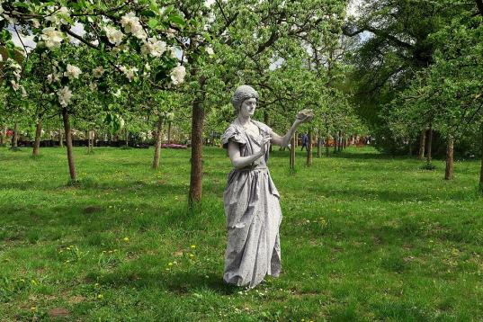 Bodypainting Statue Hundisburg (2)
