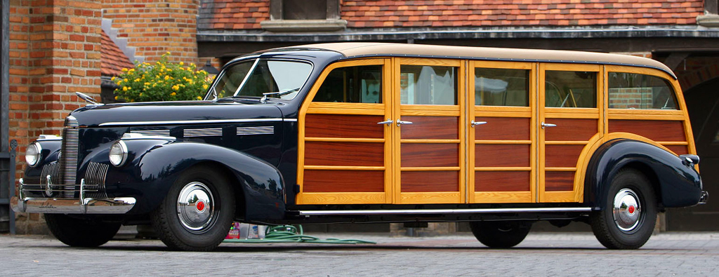1940-Cadillac-LaSalle-woodie