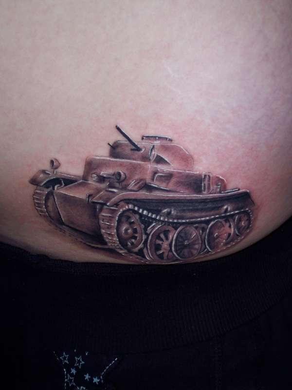 Tank Tattoos Art  bodysstyle