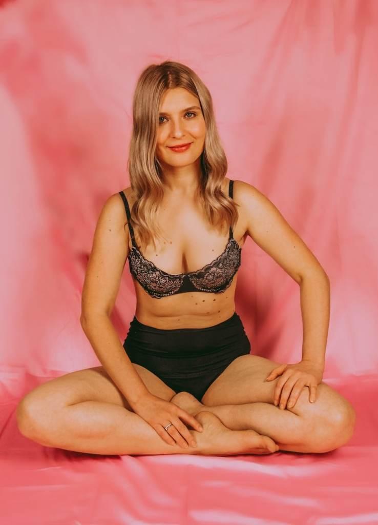 Die Periodenunterwäsche von femtis sitzt gut und hält dicht. So geht Menstruation heute!