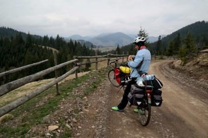 Bikepacking Bucovina: 4 zile pe bicicletă în Nordul României