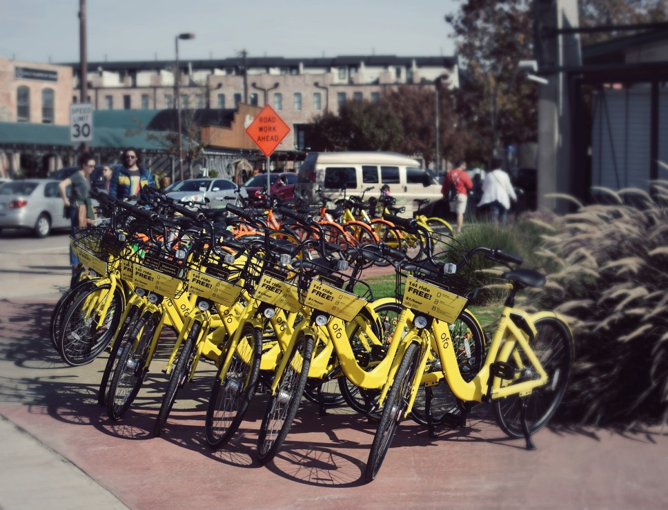 bikes in downtown dallas at farmers market