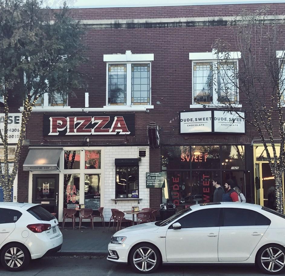 greenville avenue pizza company storefront