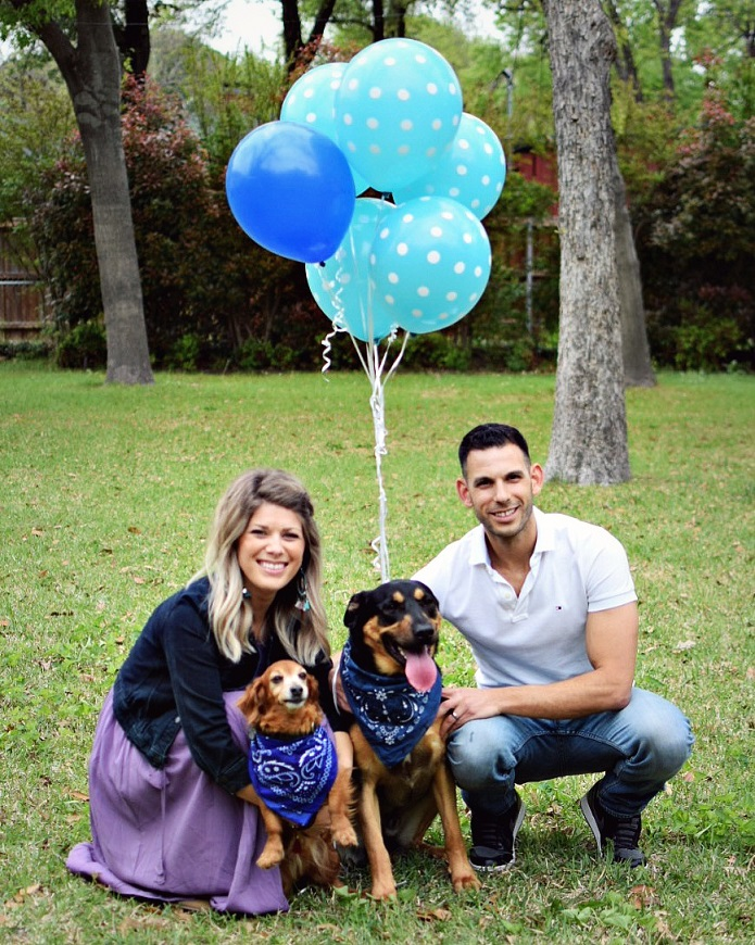 baby boy gender reveal party family photo