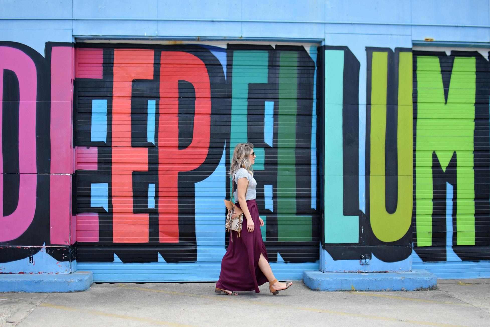 ootd by deep ellum mural dallas texas