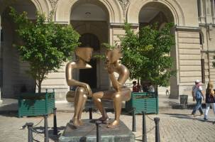 Conversations - a beautiful sculpture in Havana squares