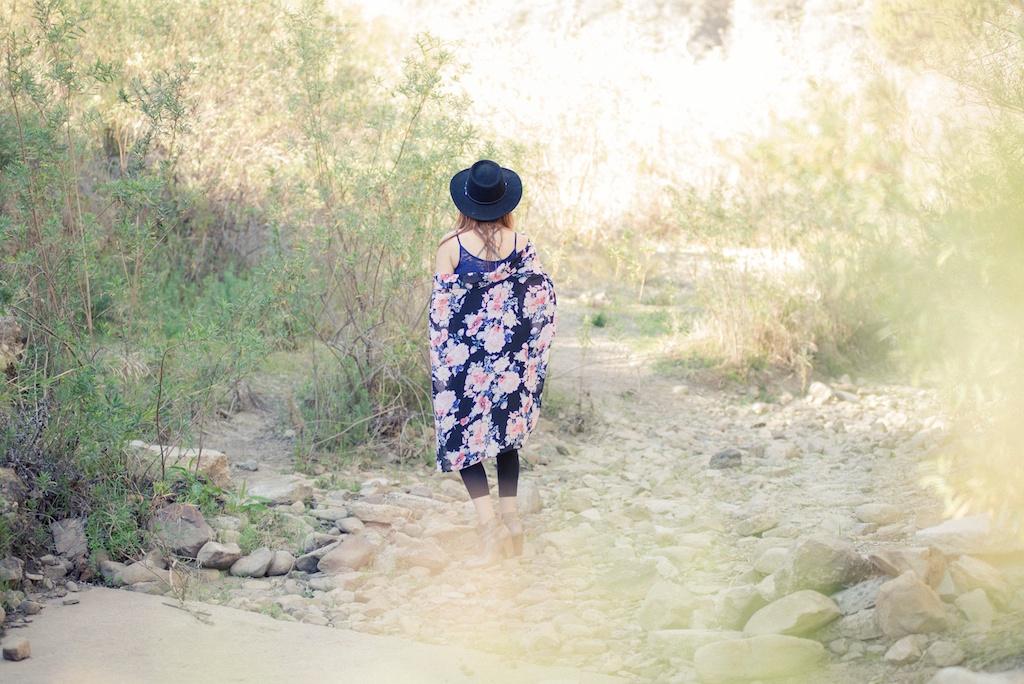 ruby-ribbon-kimono-shawl-floral-print-shape-wear-bohemian-western-bedstu 8