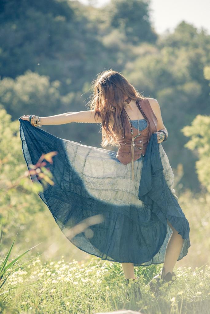 the-little-bazaar-johnny-loves-june-vintage-bedstu-western-fashion-bohemian-malibu-blogger-topanga-canyon-hippie-dress 16