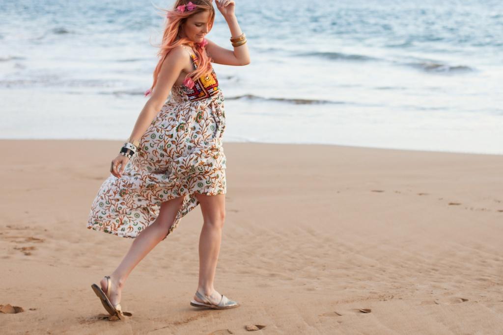 the-avarca-store-pachamama-bohemian-maui-beach-fashion-blogger-boho-bunnie-mibo-gold-leather-slingback-sandal-sun-dress 32