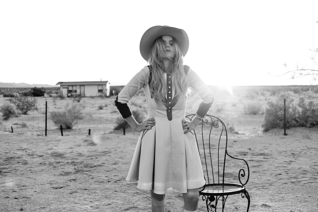 rockin-b-western-nudie-suit-dress-vintage-circle-skirt-fringe-boots-stetson-cowboy-hat-pedal-steel-guitar-female-player-boho-bunnie-joshua-tree-fashion-blogger-country-musician-andrea-whitt 18