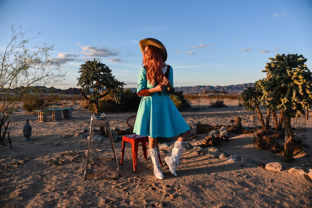 rockin-b-western-nudie-suit-dress-vintage-circle-skirt-fringe-boots-stetson-cowboy-hat-pedal-steel-guitar-female-player-boho-bunnie-joshua-tree-fashion-blogger-country-musician-andrea-whitt 4