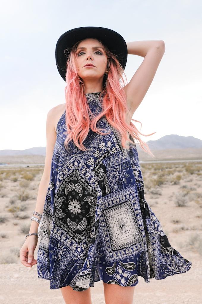 shop-bop-free-people-fpme-bandana-print-patchwork-beaux-slip-dress-boho-bohemian-fashion-blogger-overtone-bunnie-desert-photo-shoot-las-vegas 9