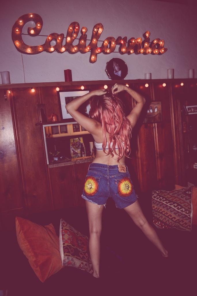 ldv-vintage-california-open-vape-marijuana-fashion-blogger-boho-bunnie-laurel-canyon-denim-patches-13