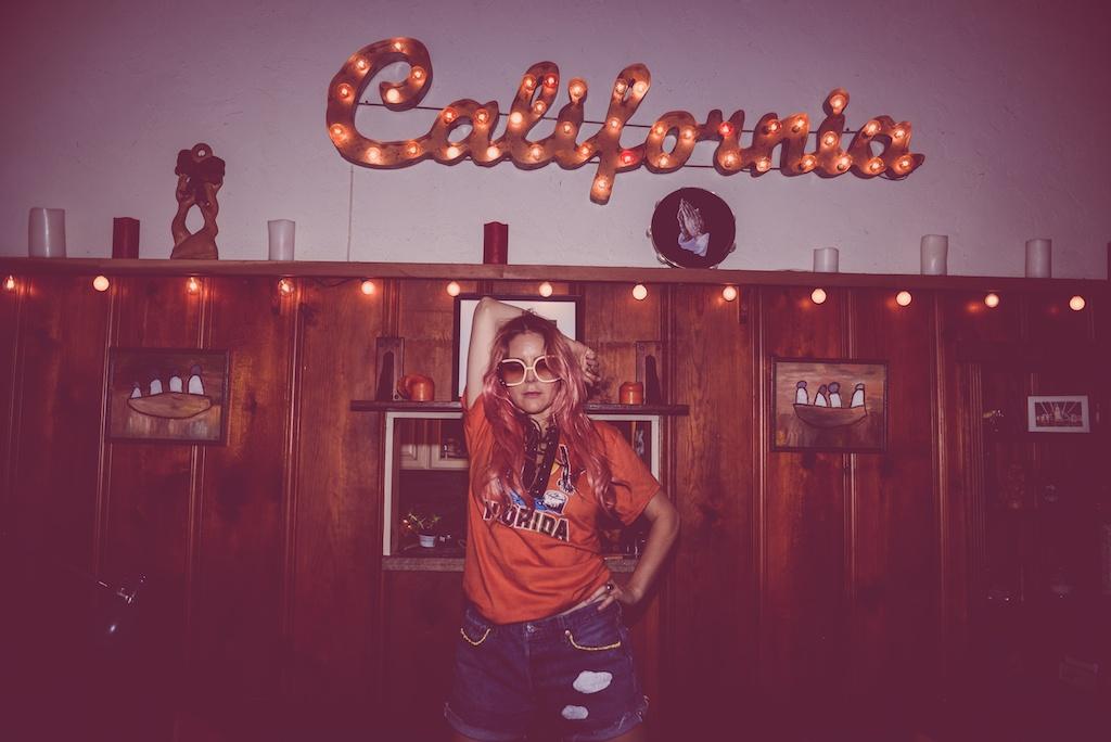 ldv-vintage-california-open-vape-marijuana-fashion-blogger-boho-bunnie-laurel-canyon-denim-patches-8