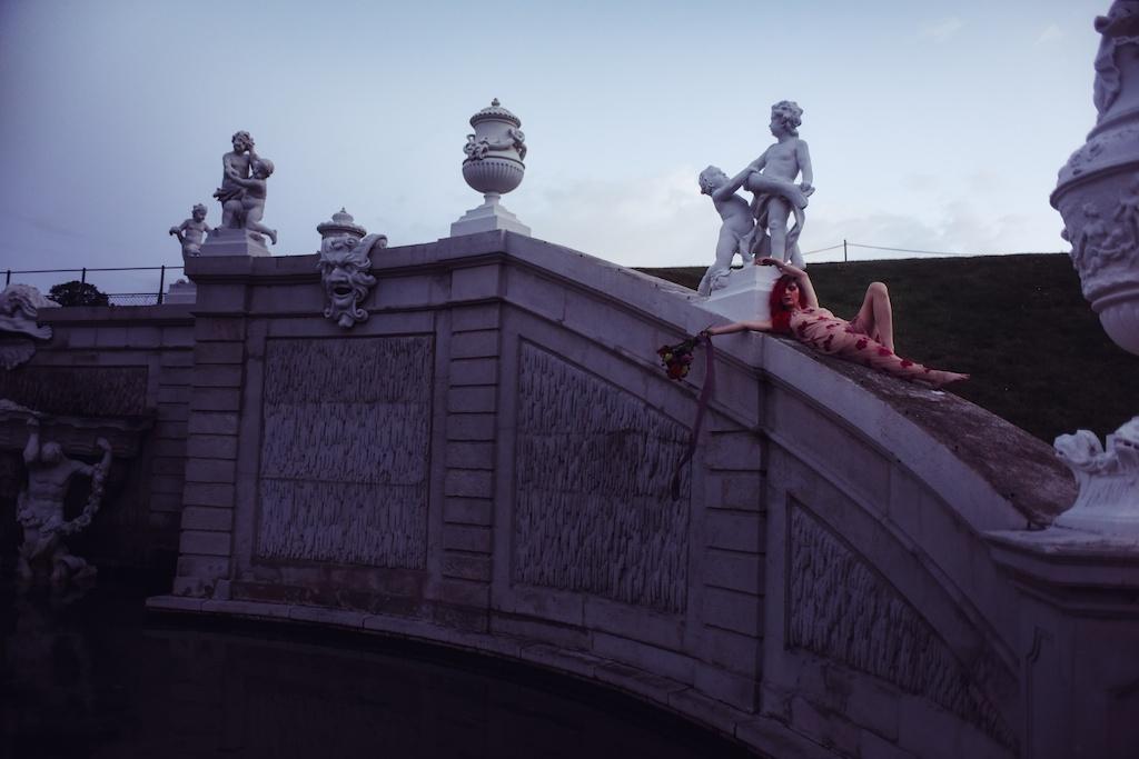 shop-tobi-boho-bunnie-sheer-embroidered-maxi-dress-belvedere-castle-vienna-austria-bohemian-couture-fashion-blogger-overtone-hair-color-extreme-red-74