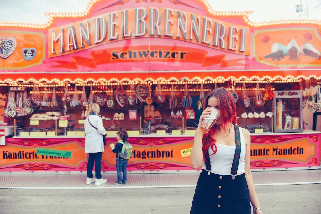 canstatter-volksfest-beerfest-oktoberfest-stuttgart-germany-white-crow-brand-fashion-blogger-overtone-travel-leiderhosen-ldir-lartigiano-riccione-boho-bunnie-6