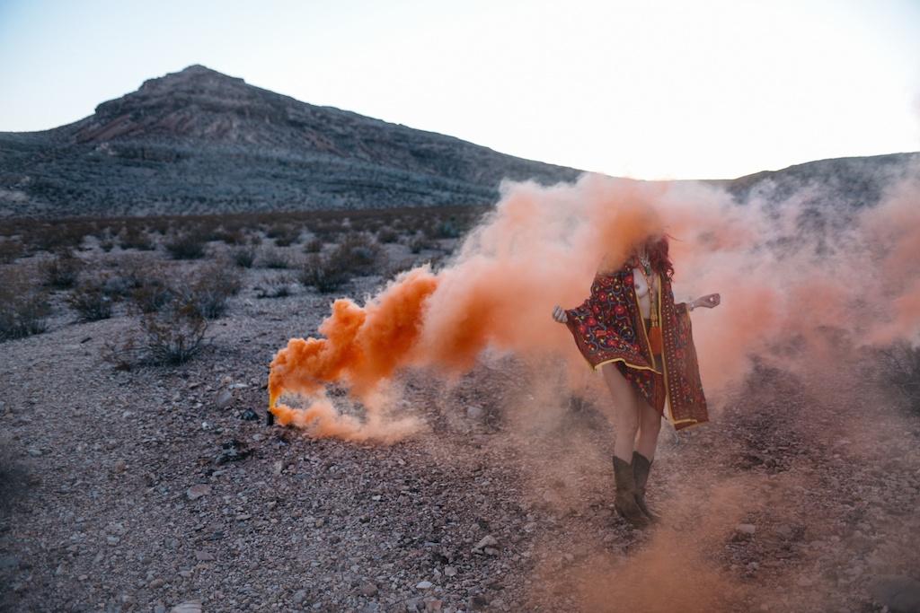pachamama-bohemian-overtone-bohobunnie-smoke-bomb-fashion-blogger-vegas-poncho-shawl-indian-1