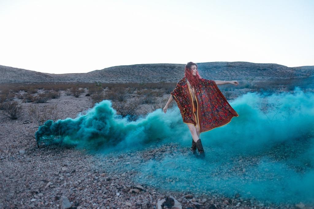 pachamama-bohemian-overtone-bohobunnie-smoke-bomb-fashion-blogger-vegas-poncho-shawl-indian-13