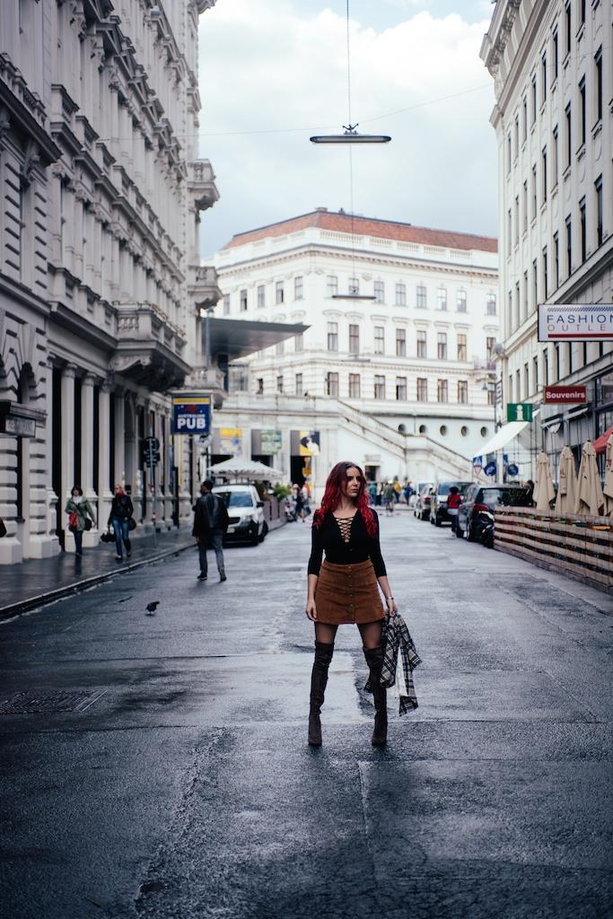 white-crow-brand-thigh-high-jeffrey-campbell-vegan-suede-free-people-lace-up-shirt-austria-vienna-fashion-blogger-boho-bunnie-28