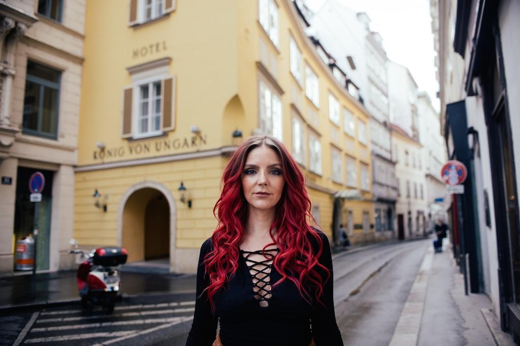 white-crow-brand-thigh-high-jeffrey-campbell-vegan-suede-free-people-lace-up-shirt-austria-vienna-fashion-blogger-boho-bunnie-9