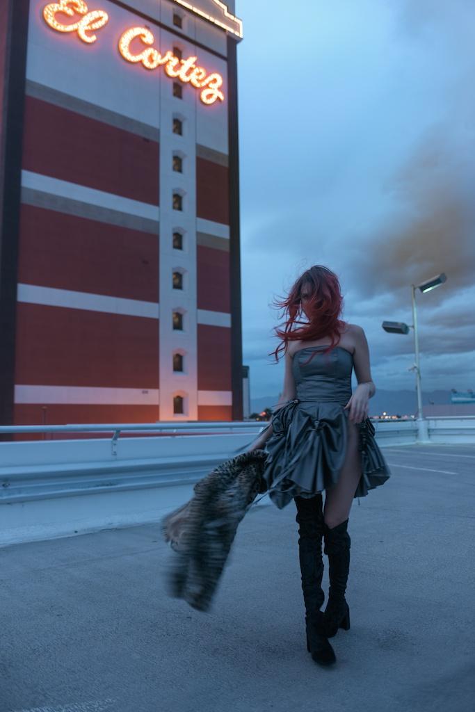 j-gerard-couture-fashion-blogger-rock-peace-gallery-los-angeles-shop-octer-thigh-high-velvet-el-cortez-las-vegas-31