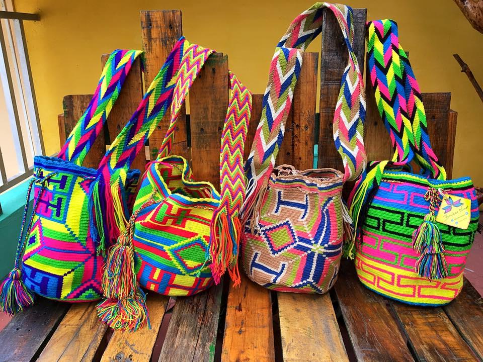 Bolso Wayuu de colores