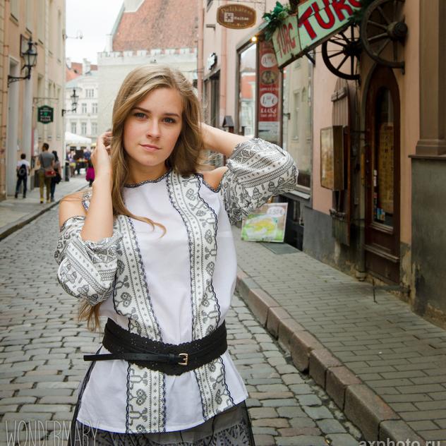 WonderMary блузка с открытыми плечами