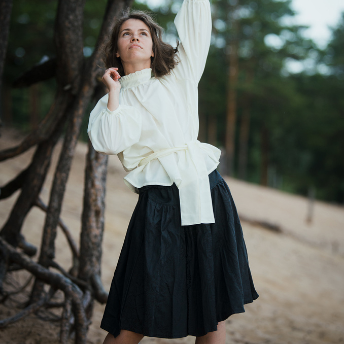 WonderMary блузка с объемными рукавами молочная