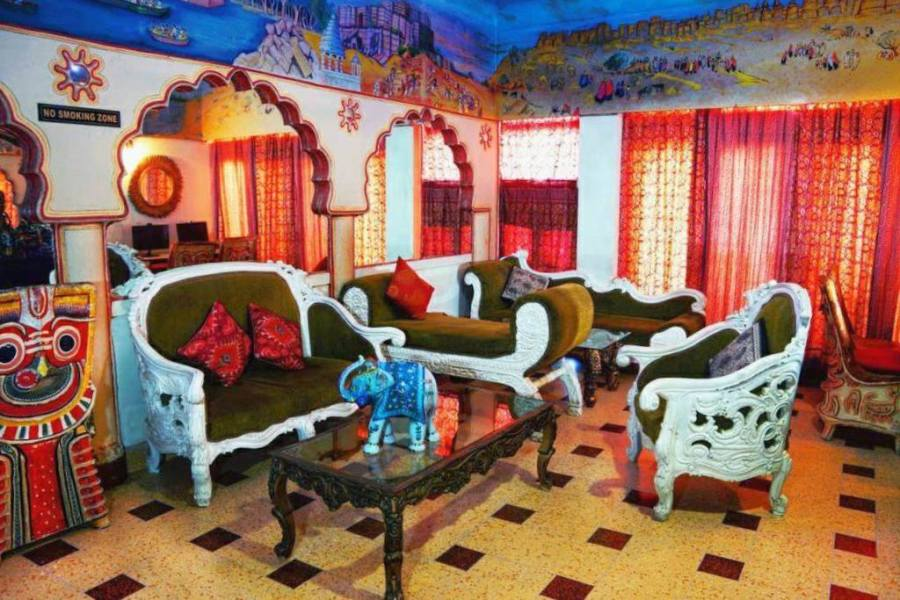 hotel pearl palace lounge, jaipur, rajasthan, budget hotels in jaipur, travel india