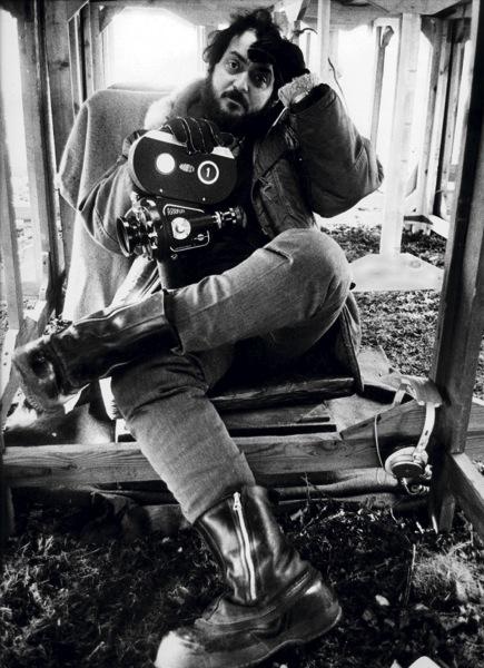 Kubrick stanley 001 dmitri kastarine portrait hands in hair with arriflex