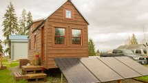 Couple Quit Renting Live In Tiny House