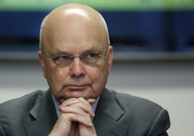 Former NSA and CIA director Michael Hayden (Larry Downing/Reuters)