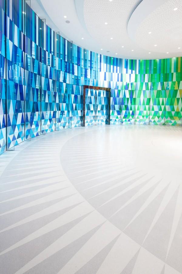 Rainbow-Chapel-COORDINATION-ASIA-10-600x900