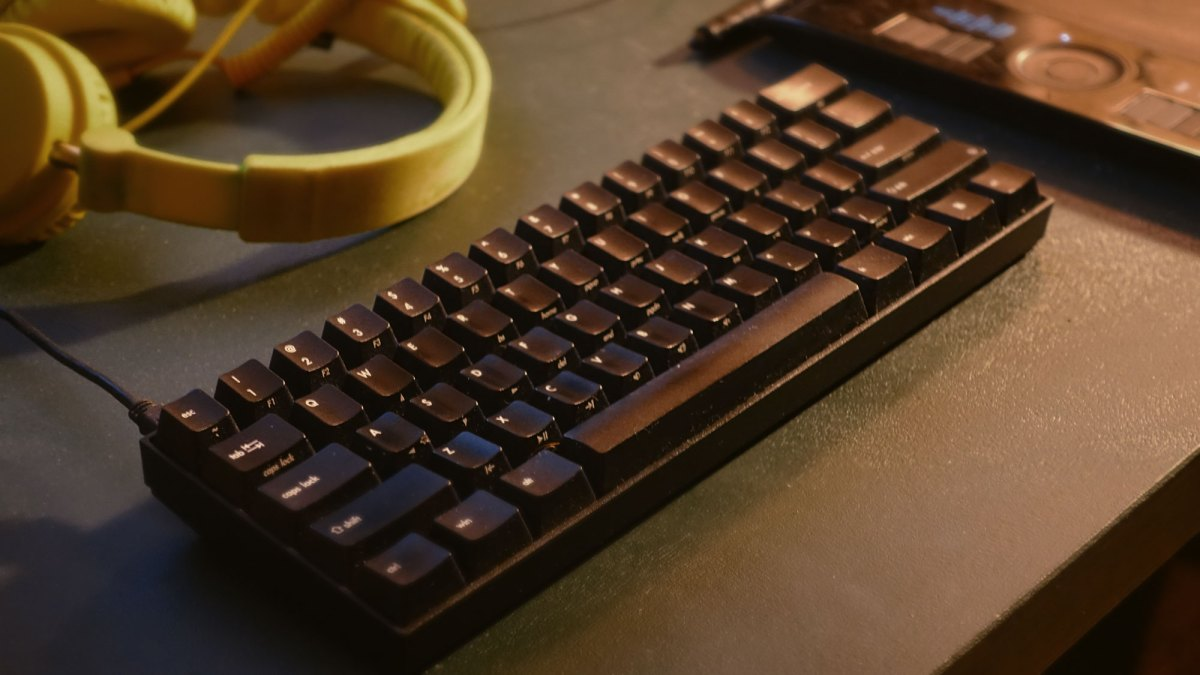 Going back to a mechanical keyboard turned me into a ...