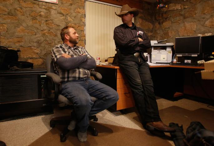 Ammon Bundy (L), and his brother Ryan Bundy are shown in an office at the Malheur National Wildlife Refuge near Burns, Oregon, U.S. January 6, 2016.  REUTERS/Jim Urquhart