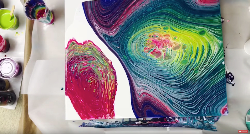 How to make trippy fluid art with a few simple supplies