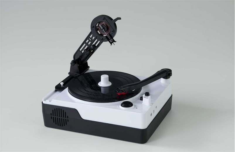 Cut and play your own vinyl records with this $81 machine