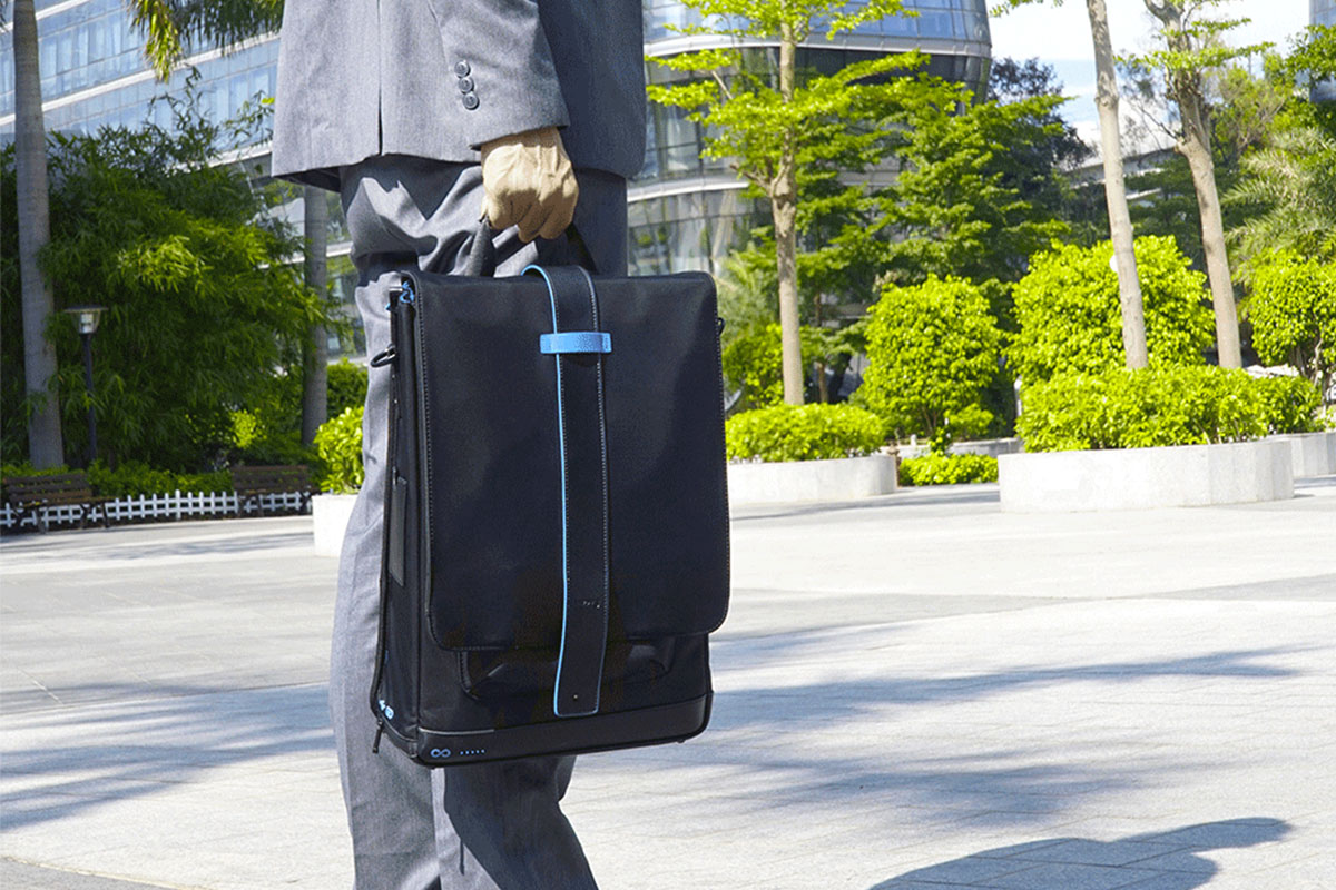 The Moovy Bag is like having a mobile office on your back everywhere you go | Boing Boing