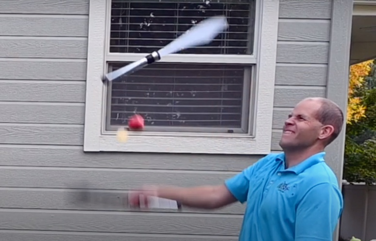 Watch the real fruit ninja slice apples while juggling