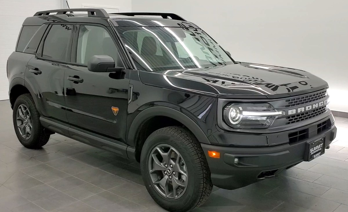 Ford Bronco dealership accidentally sells a demo car to a man, then insists he give it back | Boing Boing